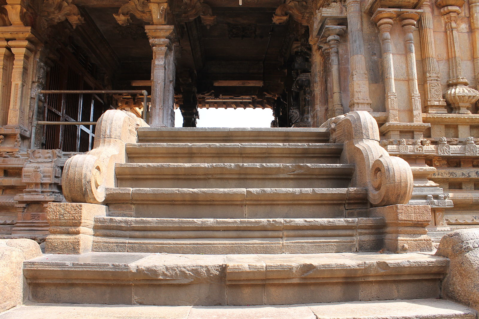 a_woderful_stone_steps_of_murugan_temple_inside_the_big_temple-1