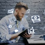 ITエンジニアの職種別平均年収と年収アップの方法